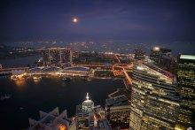 1-Altitude / 1-Altitude - бар с живой музыкой на крыше самого высокого небоскреба Сингапура Raffles One
