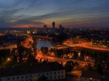 Огни моего города / Вильнюс. Вид с Замковой горы на вечерний город