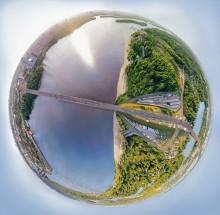 Киев / Фотографировал с опор Московского моста , хотелось как можно ближе передать весь вид , что получилось достигнуть соединением панорамных снимков.