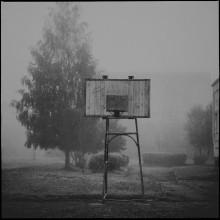 Без названия / 6х6, film 120, medium format,Киев 6С, городские зарисовки,туман, утро,школьный двор