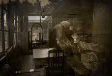 """R e f l e c t i o n s / inspired by Andrei Tarkovsky cinema """"Mirror"""" 1_RAW_digital_film. Copyright: (с) Dmitry_Belski_2014  по воспоминаниям от фильма """"Зеркало"""" Андрея Тарковского. переотражения сложились сами.. снято одним РАВ-кадром, легкие постобработки."""