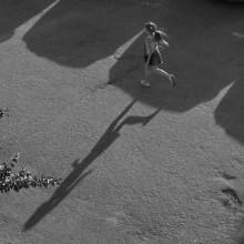 Бегущая по волнам / Девочка и тень