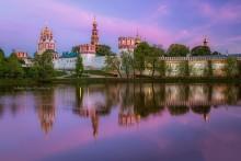 Новодевичий монастырь / Закат у Новодевичего монастыря