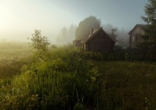 Предрассветная тишина... / Раннее утро в деревне...
