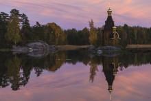 В розовом цвете / Храм св. апостола Андрея Первозванного на Вуоксе.