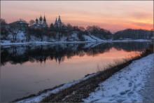 Коломна / Россия. Московская обл.  Коломна. Вечером на берегу Москвы-реки  февраль 2015г