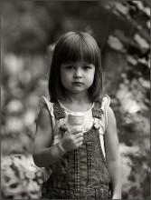 Девочка с мороженым / ***