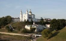 Витебск, Свято-Успенский собор / Собор в лучах садящегося солнца