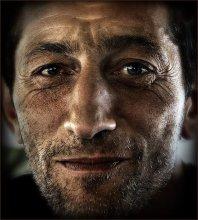 Портрет охотника Эдика из Абхазии... / ...собирающегося идти за добычей...