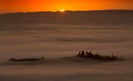 золотые туманы Тосканы / охота за туманами Тосканы