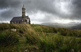 Money Beg / The church of the Sacred Heart at Money Beg (Donegal / Ireland)