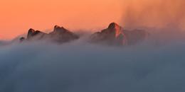 В море облаков / облачное утро с вершины горы