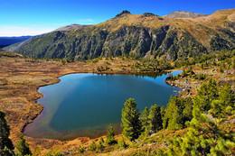 Хамар-Дабан / Озеро из которого начинается река Средний Солбак