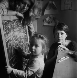 Алена (портрет с дочкой и сестрой) / Витебск, 2015