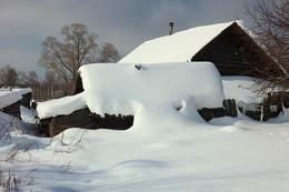 Наша улица снегами залегла / ***