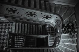 Лестница вниз / Питер, 2016