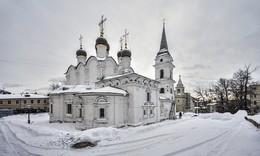 Храм на холме. / Церковь Святого Владимира в Старых Садех