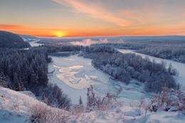 утро на реке Киренга / Морозное утро на реке.