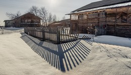 Может летом кто и приедет... / деревни Вологодчины зимой пустеют...