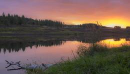 Красный рассвет.... / Утро на озере.