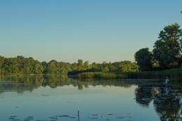 Рыбалка ранним утром / ---