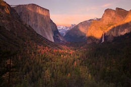 THE VALLEY / Yosemite, Tunnel View