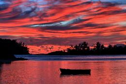 Пылающие небеса / Снимок сделан в декабре 2013 года на острове Маэ (Mahe Island)(Сейшельский архипелаг).