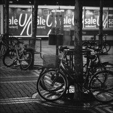 город спит / шляясь по ночному Франкфурту