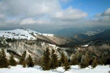 Горы спяць у снежных футрах... / Славакiя
