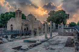 И грянул гром / Церковь Панагия Хрисополитисса на Кипре