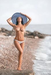 Настя на море... /