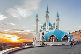 Кул-Шариф / Мечеть Кул-Шариф — главная джума-мечеть республики Татарстан и Казани (с 2005 года) расположена на территории Казанского кремля.