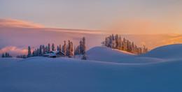 Новогоднее настроение / Рассвет в горах Абхазии.