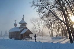 Часовня... / Небольшое село по пути в Княжьи горы. Восточный Казахстан.