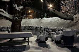 Салон мягкой зимней мебели / ...под открытым небом.  В ассортименте мягкие кресла с алкогольным …«подогревом» Photo by www Sergey-Nik-Melnik https://www.instagram.com/sergeynikmelniks/