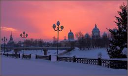 Розовый вечер в Торжке / Без комментариев
