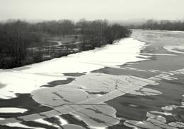 Прощание с зимой. / Ледоход на Москва реке