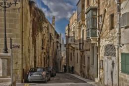 Провинциальный городок / Мальтийское периферийное
