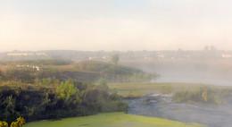 Тающая дымка рассвета / Утро в деревне.