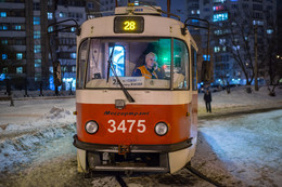 Одинокий трамвай / Зимний вечер...