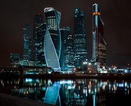 Деловой центр Москва-сити / Панорама из 4 горизонтальных кадров