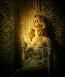 Пятый угол. / Аллегория. Снято на запредельном ИСО только при свете свечи.
