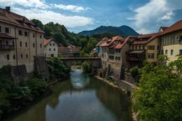 Шкофья Лока / Шкофья Лока - наиболее хорошо сохранивший небольшой город Словении. Большинство красивых домов и элегантных церквей относятся в 16 веку