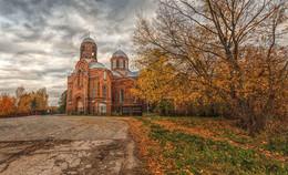 деревенская церковь... / ***