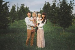 Семейная фотография / Семейная фотосессии в Строчицах