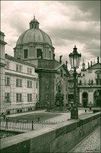 Монументальность-2 / Все та же Прага