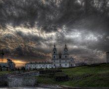 Минск / Рано утром; 2 горизонтальных кадра