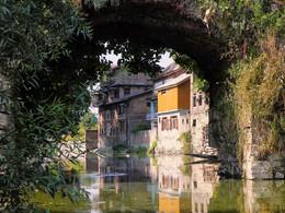 Индийская Венеция / Каналы и древние мосты города Шринагар