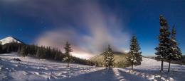 Хомяковщина в зимнюю ночь / Украина, Карпаты, Центральные Горганы. февраль 2016
