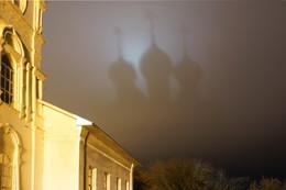 Я это отчетливо вижу / Отражение куполов в вечернем небе.